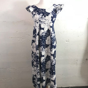 VTG Navy Blue Floral Fitted Maxi Dress Flutter Slv